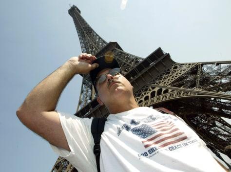 Image: American tourist in Paris