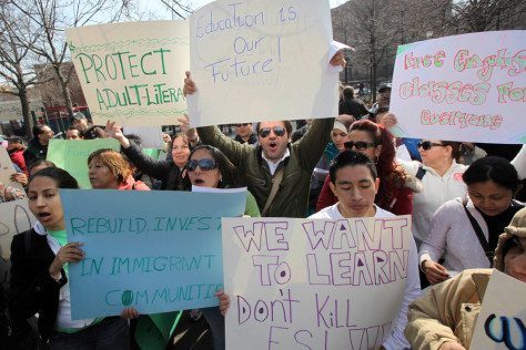Image: Immigrants and supporters rally