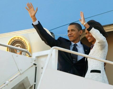 Image: Obamas depart for Europe