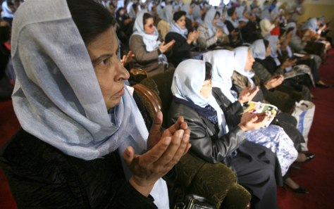 Image: Afghan women pray for justice and security