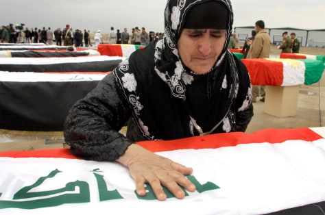 Image: Woman grieving slain relative in Iraq