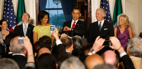 Image: Barack Obama, Michelle Obama, Joe Biden, Jill Biden, Arturo Sarukhan, Veronica Valenca-Sarukhan