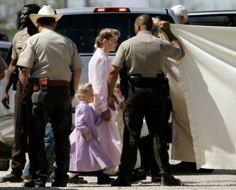 Image: Polygamist ranch raid