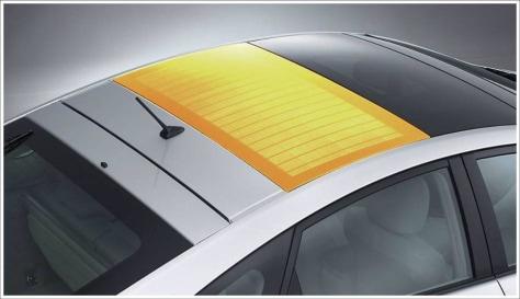 Image: Toyota Prius solar panel roof
