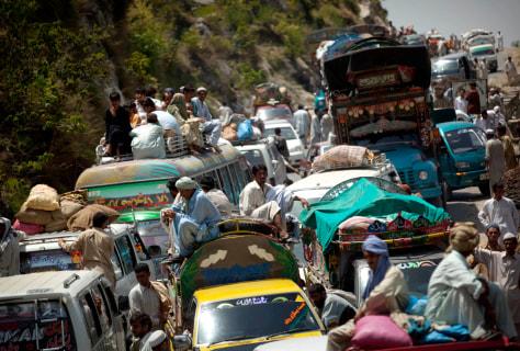 Image:Pakistan refugees