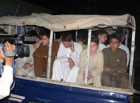Image: Pakistani students who escaped abduction