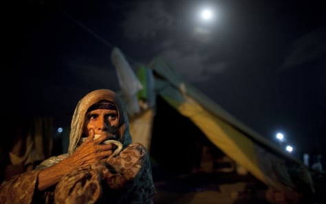 Image: Woman at a refugee camp in Pakistan
