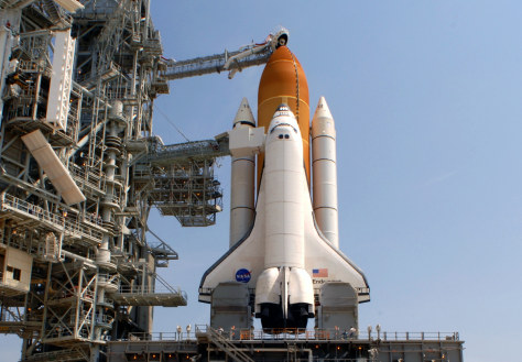 Image: Shuttle on pad