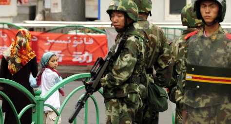 Image: Chinese paramilitary policemen in Xinjiang region