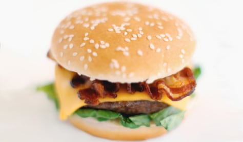 Images: Hamburger with cheese and bacon