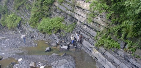 Image: Researchers in Yangtze Gorges area, China