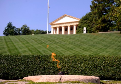 Image: Senator Edward Kennedy to be buried at Arlington National Cemetery.