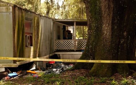 Image: The house at New Hope Mobile Home Park where bodies were found