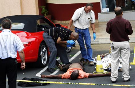 Image: Police investigate crime scene