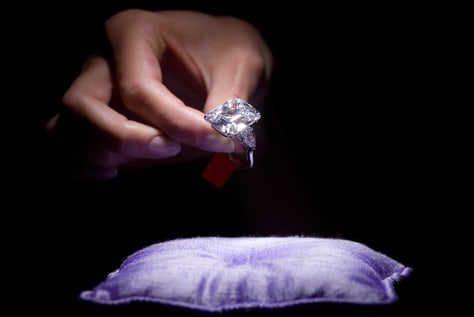 carat on ring impressive of new diamond hand engagement