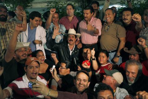 Image: Honduras' ousted President Manuel Zelaya