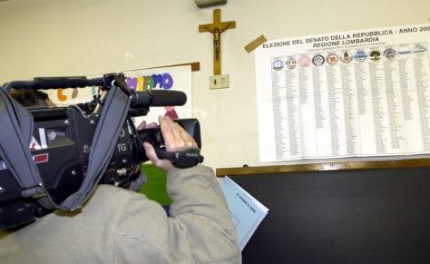 Image: Crucifix in Italian public schools