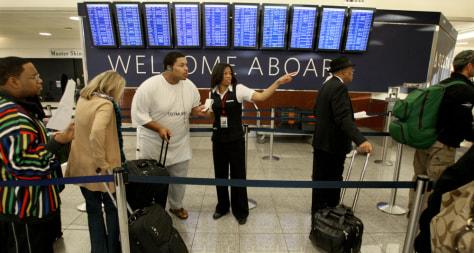 Image: Delta customers in Atlanta