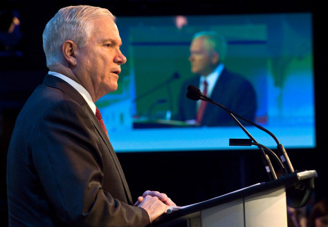 Image: US Secretary of Defense Robert Gates speaks to the audience at the start of the Halifax International Security Forum in Halifax