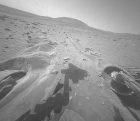 Image: Rover on Mars