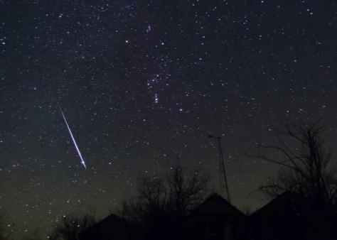 Image: Geminid meteor