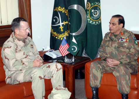 Image: U.S Adm. Mike Mullen meets Pakistani General Ashfaq Kayani