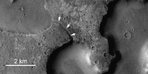 Image: Channels on Mars