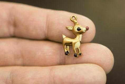 Image: Reindeer pin