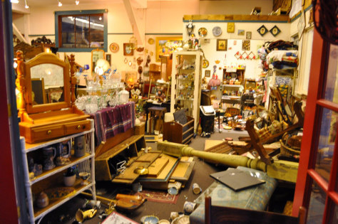 Image: Damaged antiques store in Ferndale, Calif.