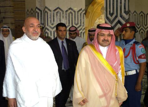 Image: Jeddah Governor Prince Mishaal bin Majed with Afghan President Karzai