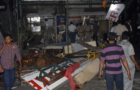 Image: Bakery hit by blast in Pune, India