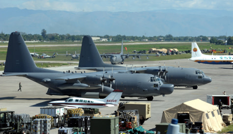 Image: Airplanes with aid supplies at the Port-au-Prince airport