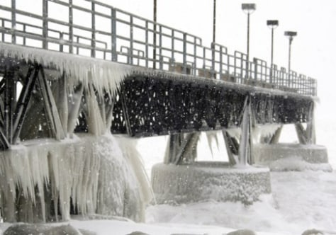 Image: Frozen pier in Ohio