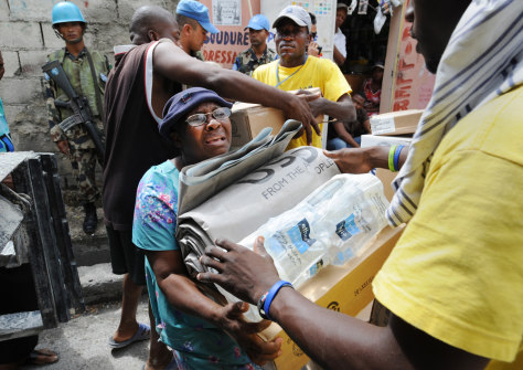 Image: Aid is distributed in Haiti