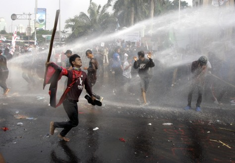 Image: Anti-government protest outside the parliament in Jakarta, Indonesia