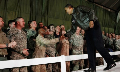 Image: U.S. President Obama meets with troops at Bagram Air Force Base in Kabul