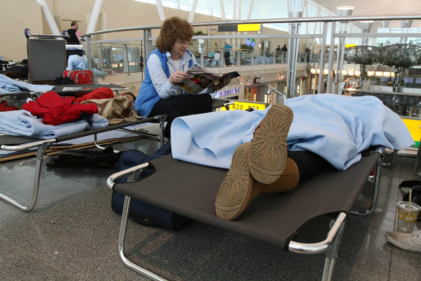 Image: Stranded passengers