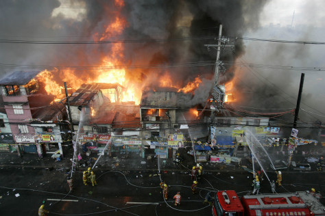 Image: Fire in Manila slum