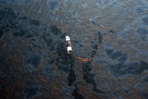Image: Oil leak in Gulf of Mexico