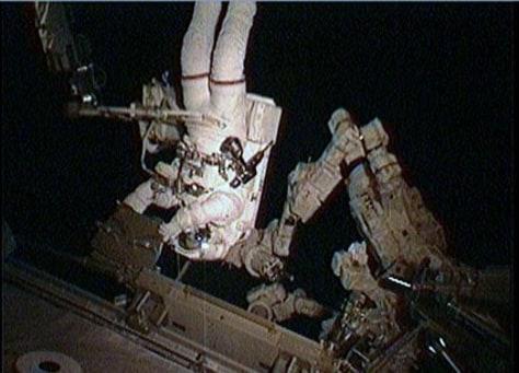 Image: Spacewalker Stephen Bowen