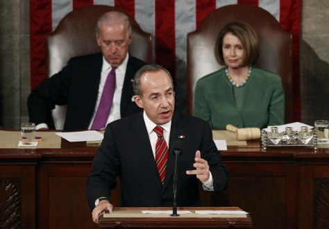 Image: Mexico's President Felipe Calderon addresses a joint meeting of Congress