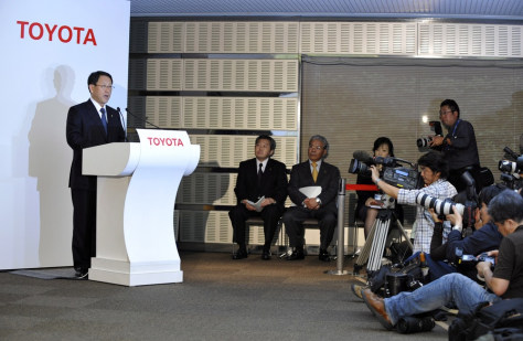Image: Toyota returns to profit on cost-cutting, increased sales