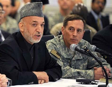 Image: Richard Holbrooke Hamid Karzai David Petraeus