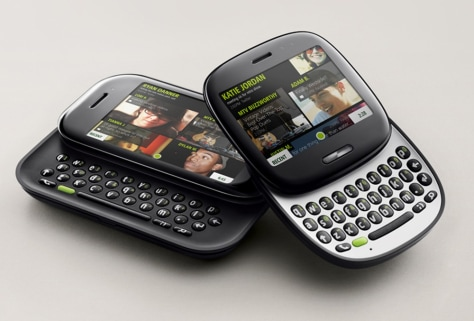 Image: Kin One and Two handsets