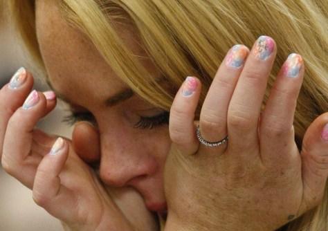 Image: Lindsay Lohan's fingernails