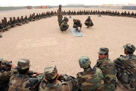 Image: Training Afghan soldiers