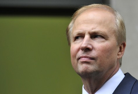 Image: BP Managing Director Bob Dudley poses for the media outside BP's headquarters in London