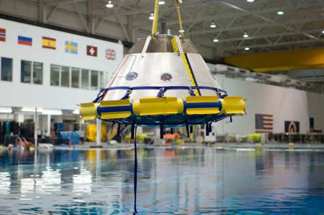 Image: Neutral Buoyancy Laboratory