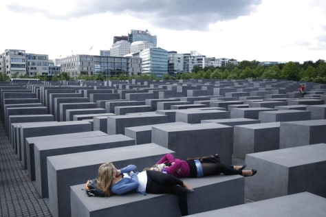 Image: Holocaust Memorial