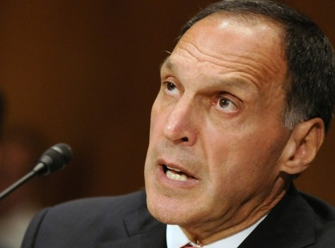 Image: Richard Fuld testifies before the Financial Crisis Inquiry Commission for a hearing about extraordinary government intervention and the recent financial crisis, on Capitol Hill in Washington